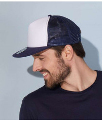 Плоская сетчатая кепка