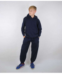 Стильный спортивный костюм для мальчика