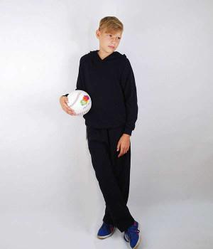 Спортивный костюм для мальчика с легкий