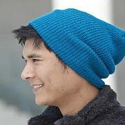 Зимняя шапка: особенности выбора цвета